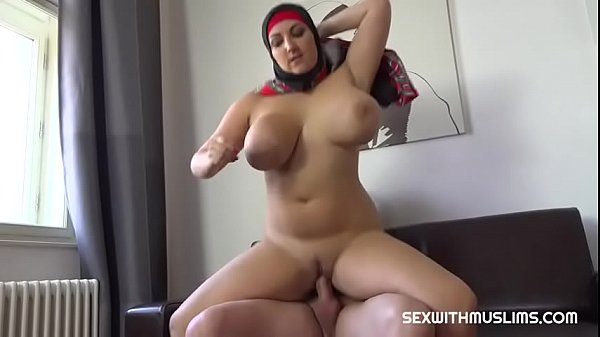 SexWithMuslims – Thomas fucked his arab sister in law